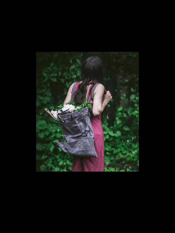 Ensemble COUREUR DES BOIS – sac de cueillette + outils